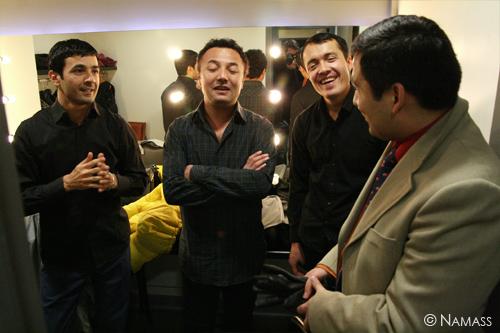 Le trio ouzbek avant le concert