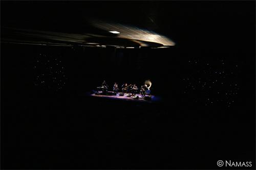 Sur scène, vue d'ensemble